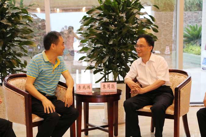 """四川省教育厅在巴中市举办""""信息技术推动教育变革与创新""""专题培训"""
